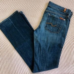 Women's Dark Denim Bootcut Jeans. EUC.